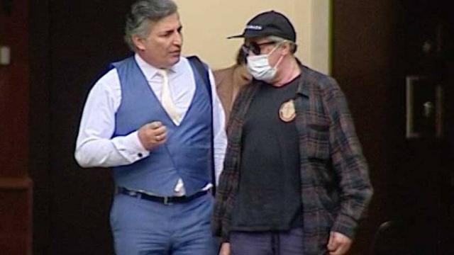 «Провальная стратегия»: как юристы оценивают действия Эльмана Пашаева – адвоката Михаила Ефремова