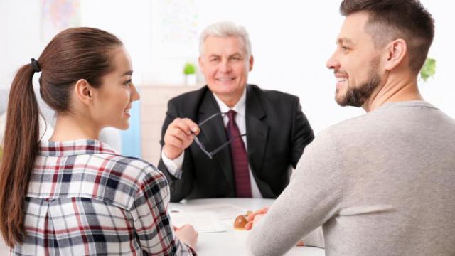 В каких случаях нужен брачный договор и как его заключать