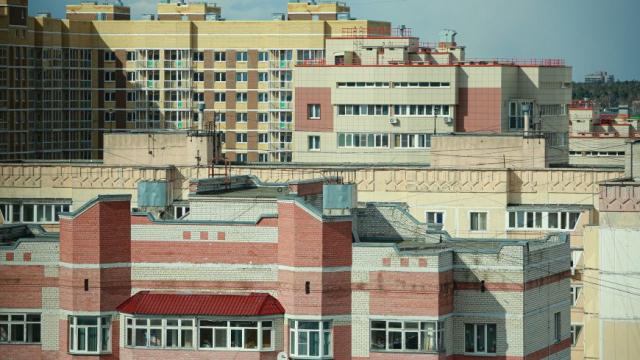 Иностранцы смогут прописывать в своих квартирах мигрантов: плюсы и минусы нового закона