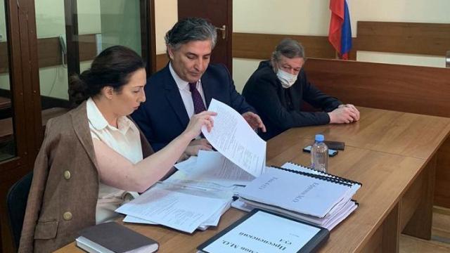 Почему поведение Пашаева может сыграть на руку осужденному Ефремову