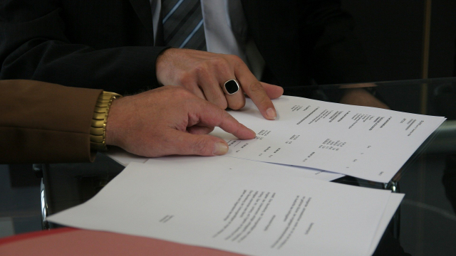 Риск, ненужная формальность или хорошая гарантия: нужно ли регистрировать договор найма?