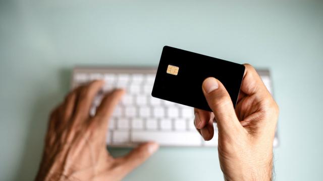 Новый вид мошенничества. Как пропадают деньги с банковских карт